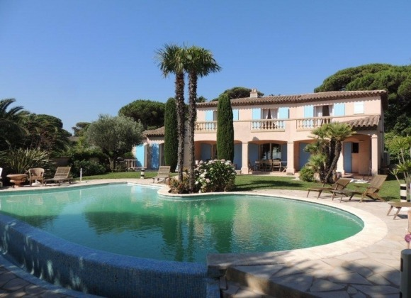 Villa Treillane in La Moutte St Tropez - garden and pool