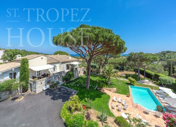 Villa Oliver next to the Pampelonne beach in Saint Tropez - main house view