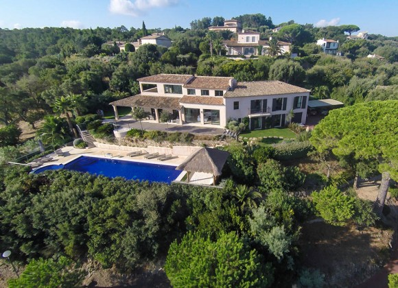 villa for rent cerise gassin st tropez property front