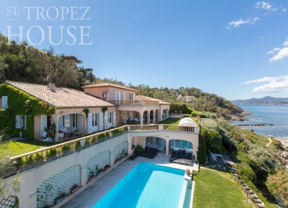 rent villa dim les parcs de st tropez swimming pool