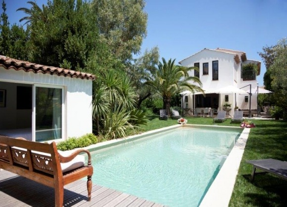 rent villa mariana st tropez route des carles swimming pool