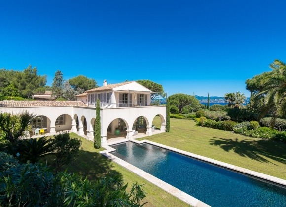 villa for rent les salins St tropez Villa Agnes -  property