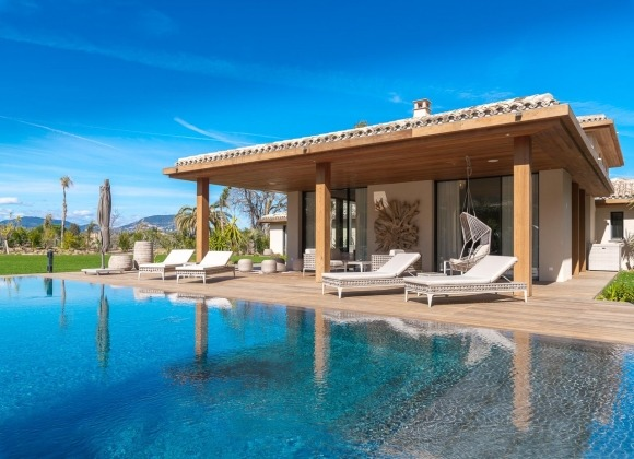 rent villa boulliabaisse st tropez palmieros swimming pool