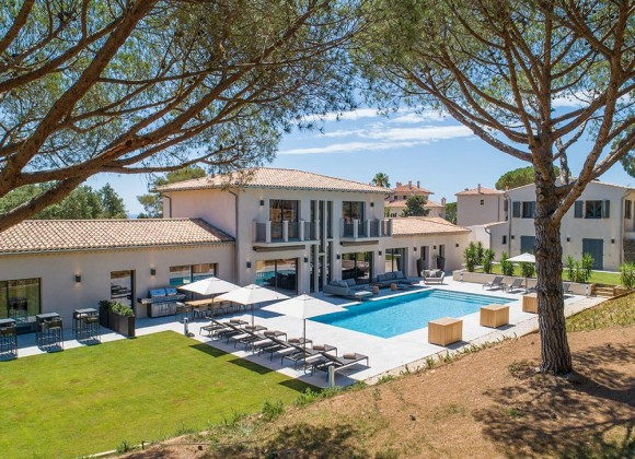villa for rent france la croix valmer property view
