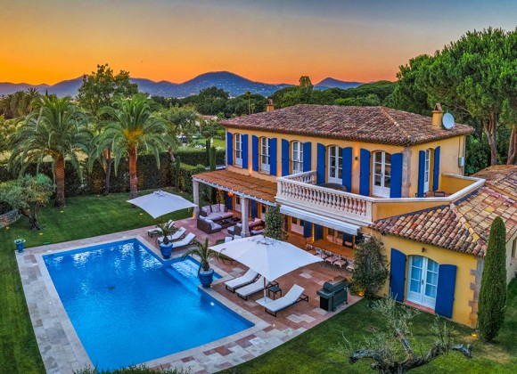 villa for rent perla route des plages st tropez drone bird view