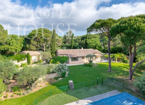 Luxury Sea Side Villa Vieilles Pierres in Saint Tropez - main house