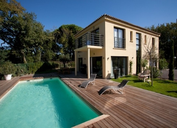 Rent Villa Charly - swimming pool view