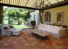 luxury villa for rent in saint tropez_living room