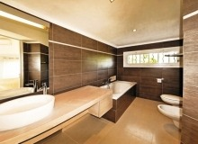 luxury villa for rent in tahiti_bathroom