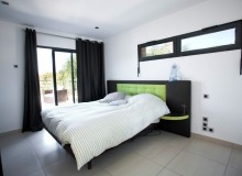 luxury villa for rent in st tropez_bedroom