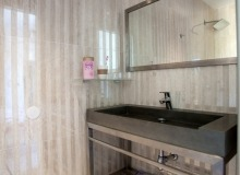 luxury villa for rent in st tropez_bathroom