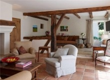 Rent Villa Sarah Grimaud - living area