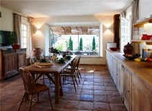 Rent Villa Sarah Grimaud - big dinning table