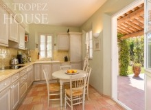 villa for rent st tropez domaine de la castellane villa castelanne kitchen