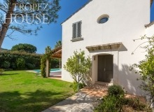 villa for rent st tropez domaine de la castellane villa castelanne property rear
