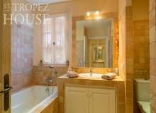 villa for rent st tropez domaine de la castellane villa castelanne bathroom