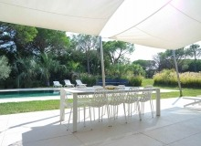 rent pampelonne villa coba outdoor dining