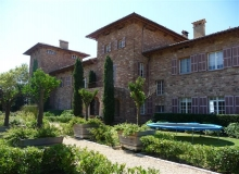 Rent Villa Castle Volterra Ramatuelle - exterior view of house