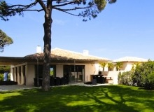 Modern Villa close to St Tropez - Salimoderna - house
