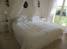 luxury villa for rent in Ramatuelle_bedroom