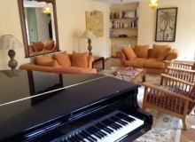 luxury villa for rent in Ramatuelle_piano room