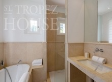 Luxury Villa Kalliste in Les Parcs de Saint Tropez - bathroom4