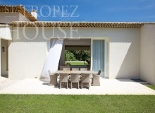 Luxury Villa Kalliste in Les Parcs de Saint Tropez - summer terrace