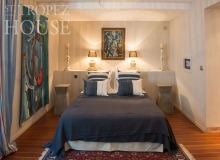 let villa playa st tropez la belle isnarde bedroom
