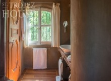 holiday rental villa playa st tropez la belle isnarde bathroom