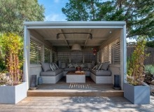 villa for rent st tropez cap tahiti covered terrace
