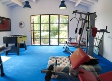 rent st tropez messardiere villa aimee gym