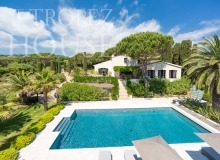 Luxury villa Diana in Pampelonne beach in St Tropez - house and pool