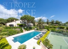 Luxury villa Diana in Pampelonne beach in St Tropez - Main view of the house with swimming pool and tennis court