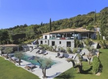 Villa Tennessee for rent in La Belle Isnarde St Tropez