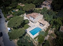 Holiday Rental villa Lauriers Saint Tropez Place des Lices