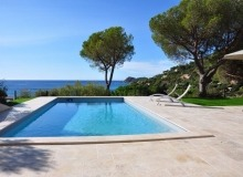Rent villa Lauriers Saint Tropez Place des Lices Pool