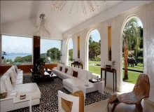 Rent Villa Marvellous Saint Tropez Beach Lounge