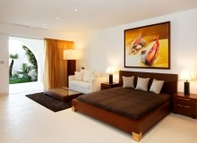 Rent Villa Marvellous Saint Tropez Beach Bedroom