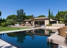 rent villa blitah st tropez tahiti swimming pool