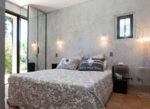 rent villa blitah st tropez tahiti bedroom