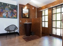 holiday rental villa blitah st tropez tahiti bathroom