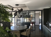 holiday rental villa horizon st tropez belle isnarde dining table
