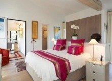 rent villa mariana st tropez route des carles bedroom