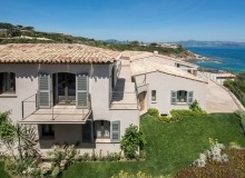 let villa waters edge saint tropez property