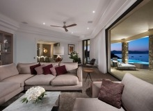 rent villa waters edge saint tropez living area