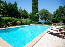 rent villa chesaine st tropez sainte anne swimming pool