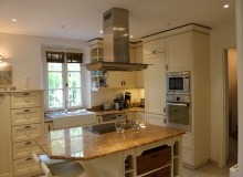 villa for rent st tropez domaine de la castellane villa hollanda american kitchen
