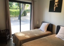 holiday rental lei marres st tropez route des plage bedroom