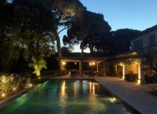villa for rent lei marres st tropez route des plage swimming pool night