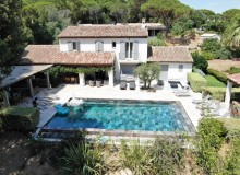 villa for rent lei marres st tropez route des plage property birdview